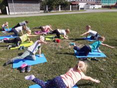 Cvičíme jógu